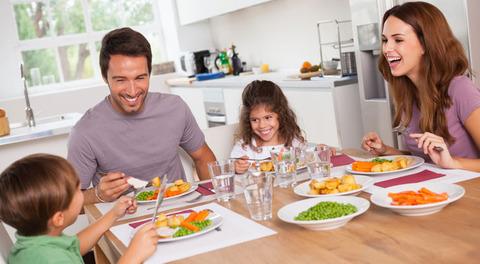 (ヽ´ん`)「和気あいあいと笑いながら飯を食う家庭にカルチャーショック受けた」