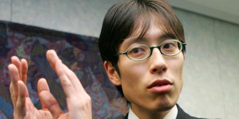 【悲報】竹田恒泰さん、賄賂の件で必死