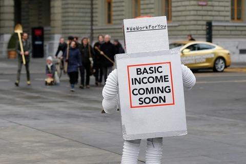 【朗報】イタリアで1兆円規模のベーシックインカム実施へ