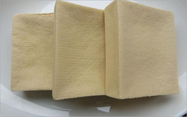 体の臭いを消すのに食べ物で役立つ高野豆腐の効果とは?