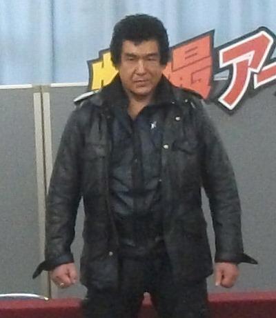 スーフェス73 藤岡弘、正面