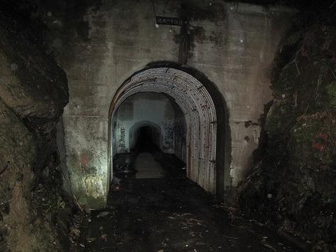 旧津々良トンネル