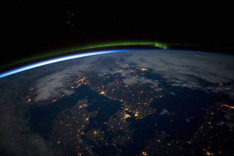 スカンジナビアの夜オーロラも見えますね