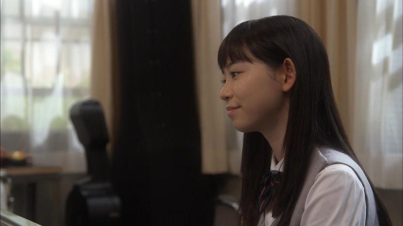 柴田杏花横顔