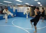 squat-kick-20140713