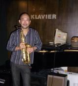 tada-seiji-shi-in-jazz-bar-klavier