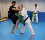 knee-kick-20100314
