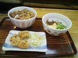 nakau-gyudon-bukkake-udon-karaage