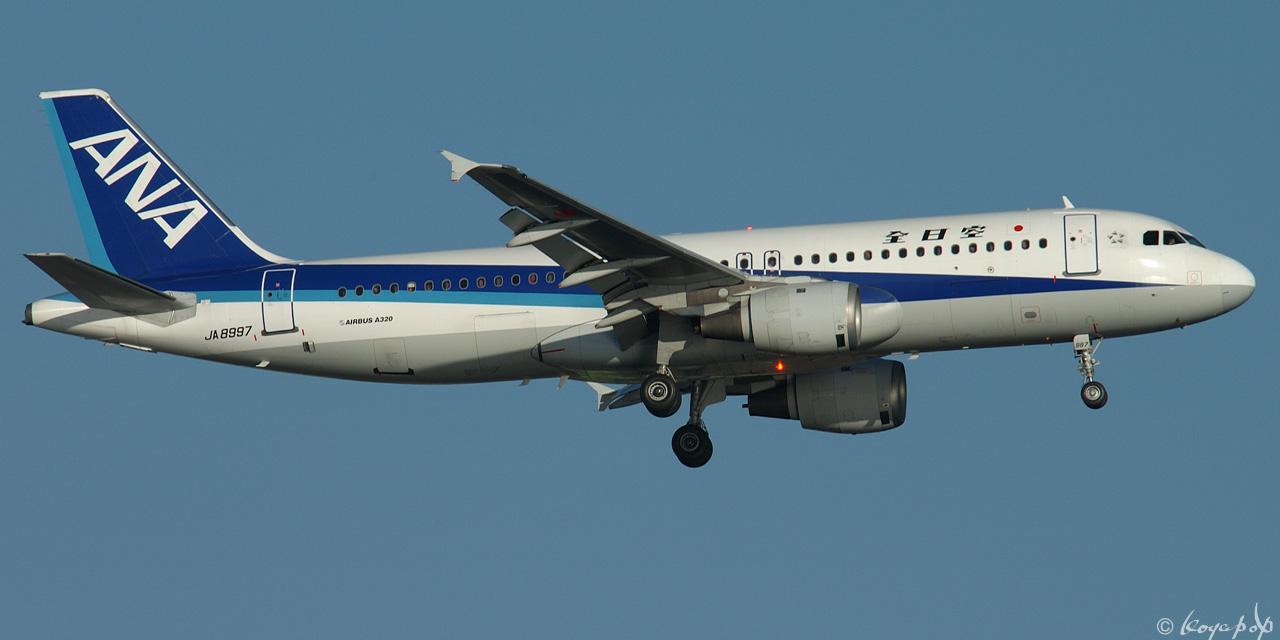 03 A320-211 8997 050110-317x1280