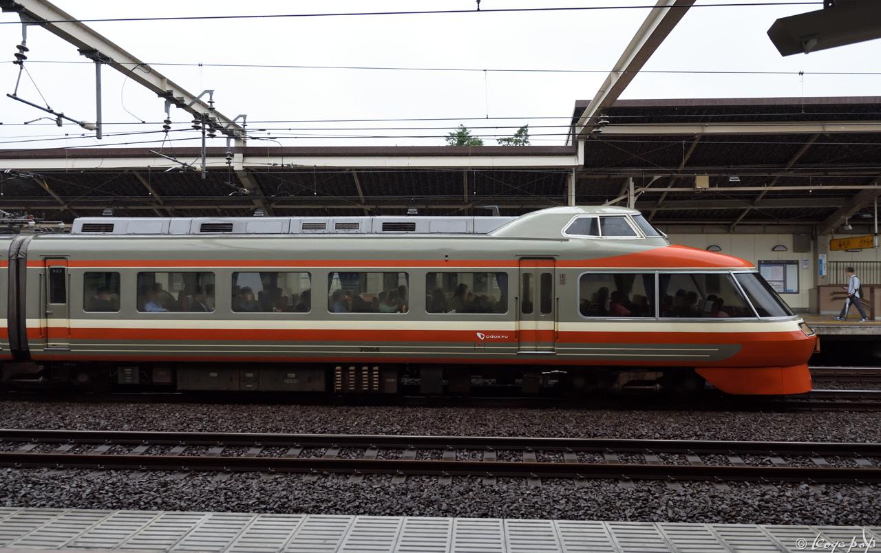180615R-033x1280-b