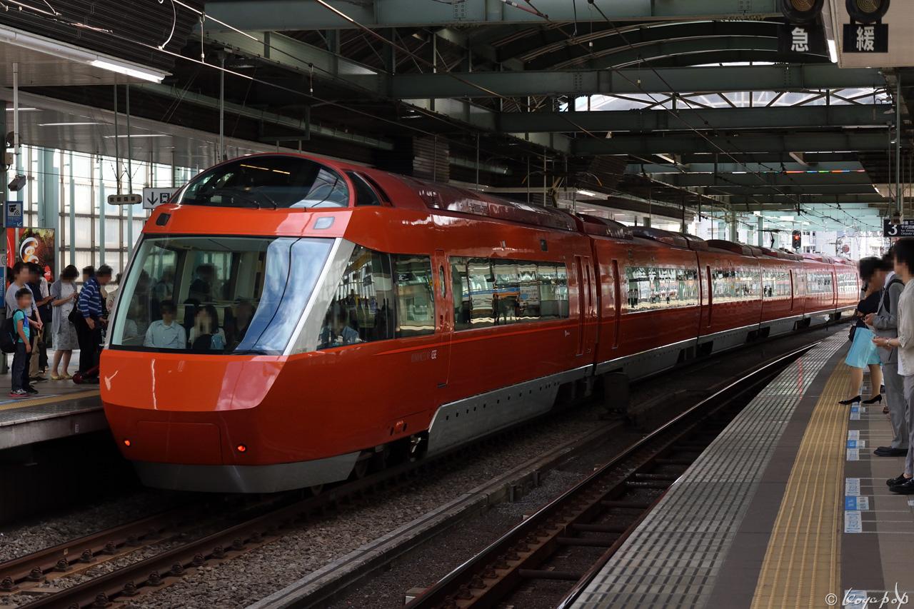 180601R-266x1280-2
