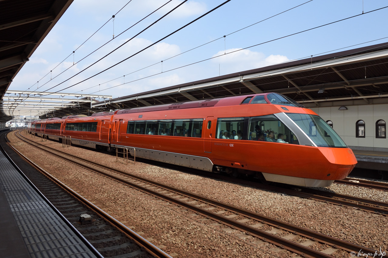 190826R-053x1280狛江駅単独