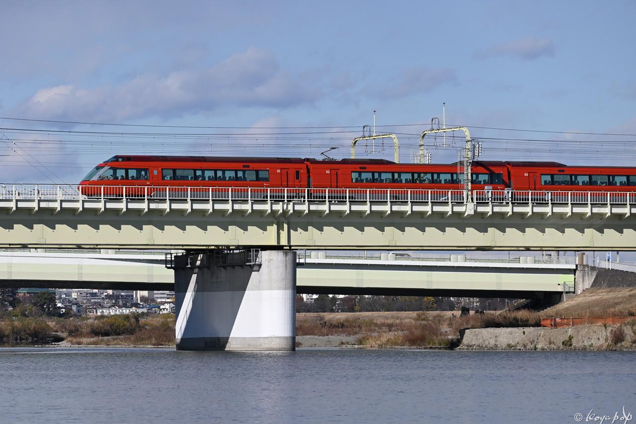 201216M-665x1280 単独