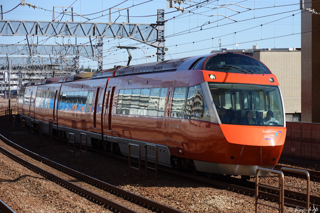 191023R-635x1280狛江駅単独