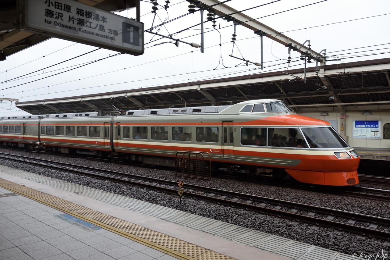 180615R-030x1280-a