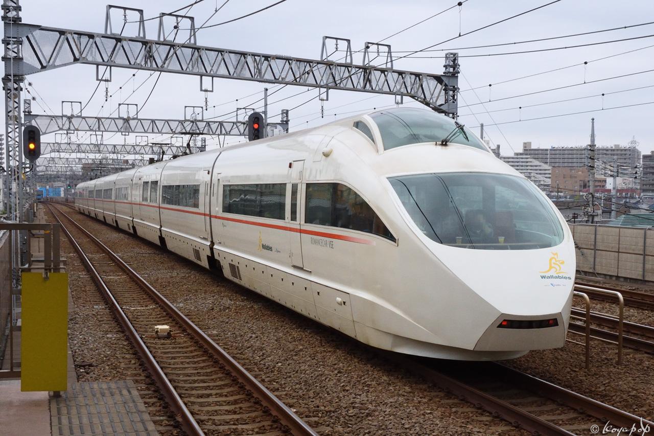 191103R-247x1280喜多見駅 CC
