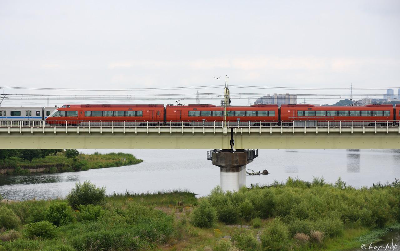 190612R-139x1280AA