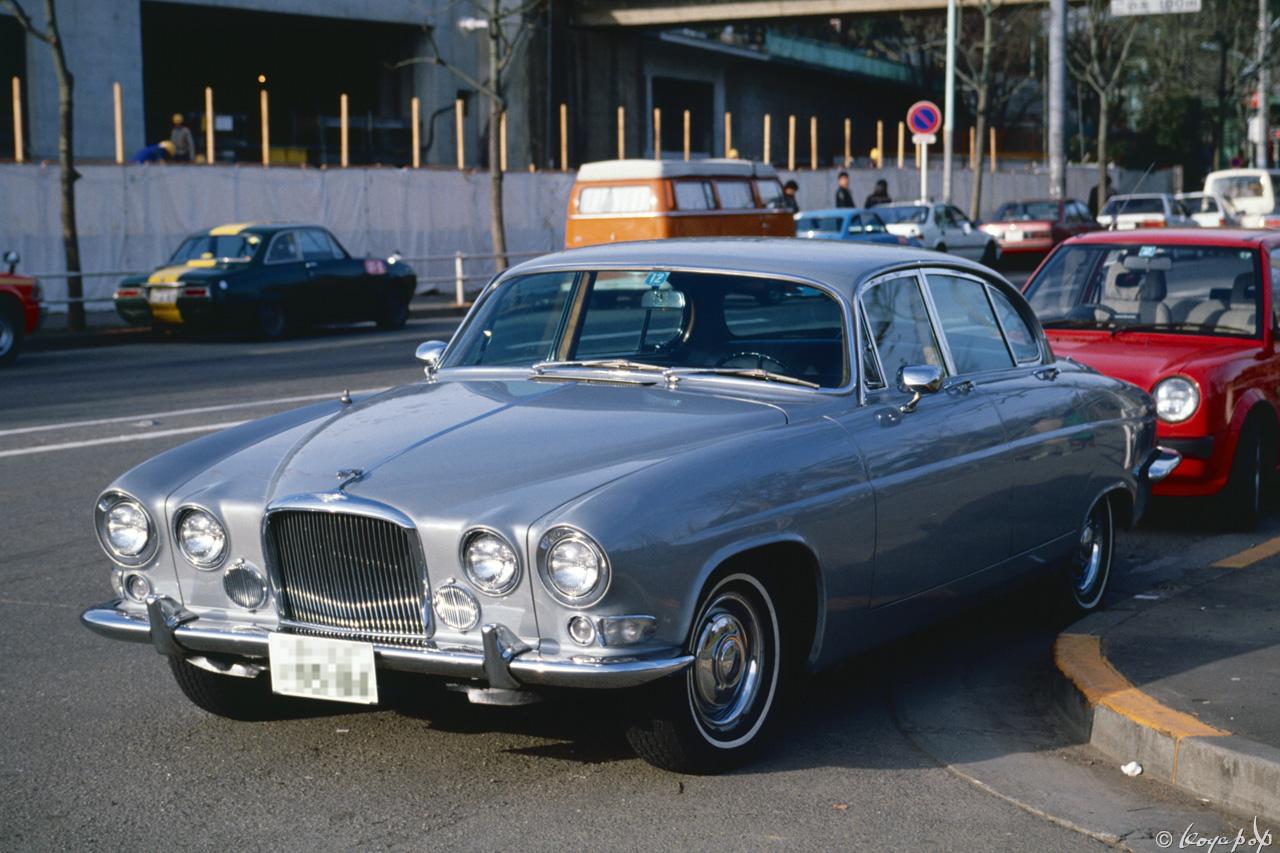Jaguar Mark X 1961- -02 ぐんとモダーンになったジャガー マーク X ...