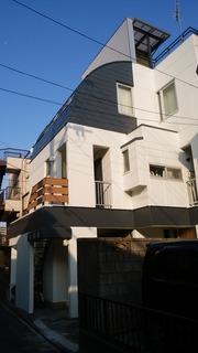 南砂町の女性専用シェアハウス/外壁改修ほぼ完成