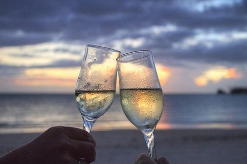 海辺スパークリングワイン