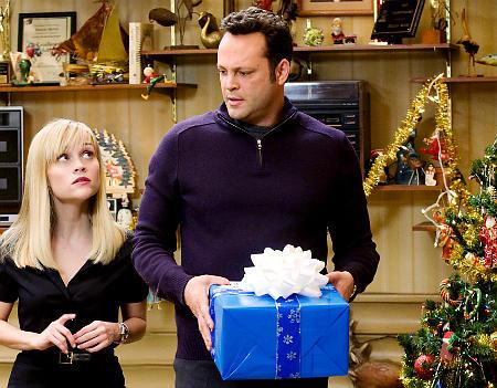 Four-Christmases-3