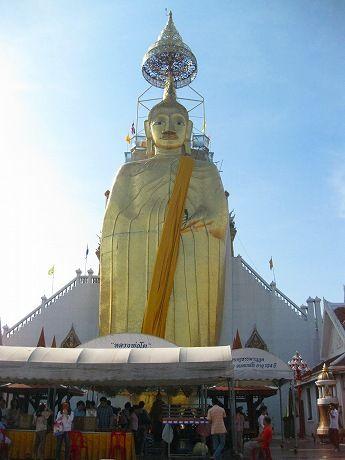 年末年始タイ旅行2012-2013 5日目 ~バンコクで再びお寺巡り、カオサンロード散策、再びカオソーイ~