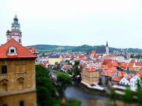世界遺産の町、チェスキークルムロフに行ってみたら絵本の中に迷い込んだかの様な気分になれた!