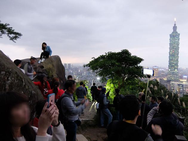 年末年始の台湾(台北)旅行2日目 ~人気グルメを食べたり、101に行ったり、象山から夜景みたり~