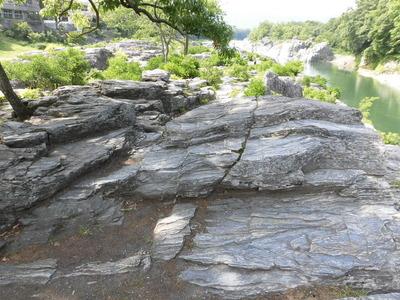 長瀞を代表する岩畳
