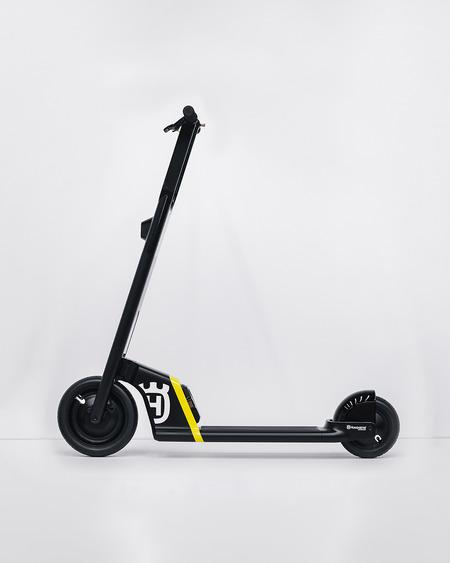 スタンドアップスクーター(2)