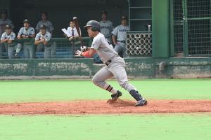 横山レフト線二塁打