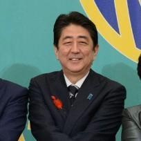 安倍首相 私立高校実質無償化を検討へ、経費は800億円