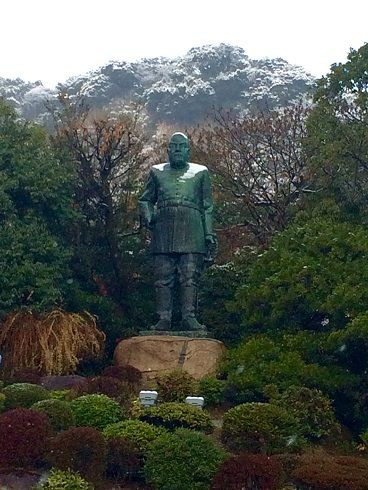 雪の西郷銅像17,3,1上片平