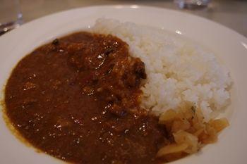 横浜日本大通りにあるレストラン「ランチャンアベニュー」のランチ