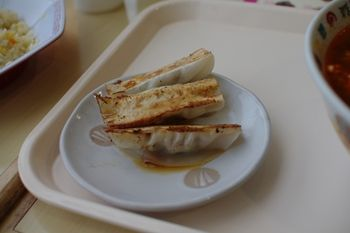 新羽イオンのフードコートの中華料理店「海鮮餃子」の餃子
