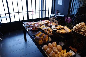 横浜中華街にあるパン屋「のり蔵」の店内