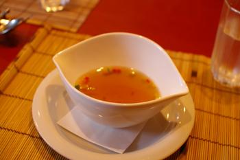 横浜桜木町のイタリアン「ラ・カーサ・ディ・マルコ」のスープ