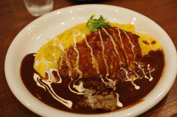 新横浜にある洋食屋「洋食 横濱たちばな亭」のオムライス