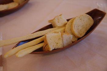 横浜みなとみらいにあるイタリアン「レオーネ・マルチアーノ」のパン