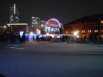 横浜赤レンガ倉庫のスケートリンク