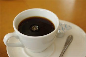 新横浜にあるイタリアン「アマルフィイ ノッベロ」のコーヒー