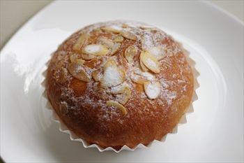 ららぽーと横浜にある「ケユカ ベーカリー」のパン
