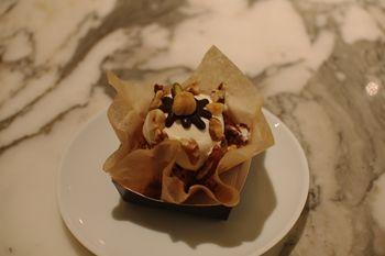 新横浜プリンスペペにあるカフェ「ケユカカフェ」のケーキ