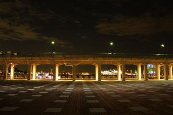 横浜みなとみらい象の鼻地区の夜景