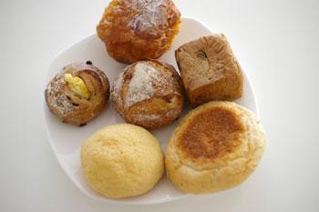横浜センター南にあるパン屋「ブーランジェリー ルゼル」のパン