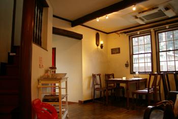 横浜元町のカフェ「Paty Cafe(パティカフェ)」の店内