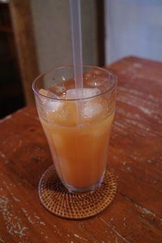 西横浜にあるカフェ「Midsummer Cafe 夏至茶屋」のドリンク