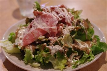 横浜妙蓮寺にあるイタリアン「レストラン ブー」のサラダ