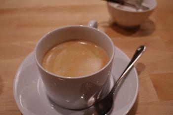 横浜東口にあるイタリアンのお店「シチリアの隠れ家」のコーヒー
