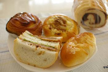 北新横浜のエスポットにあるパン屋「パン工房 BON(ボン)」のパン